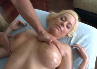 Honey arouses hunks needs give the brush sexy riding