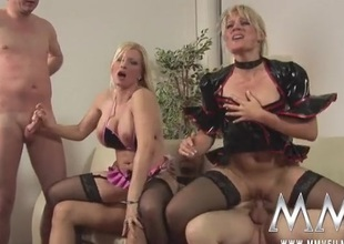 German cock harlots quota cum kisses in a foursome